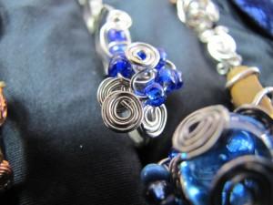 bluebeads-silver_ajai
